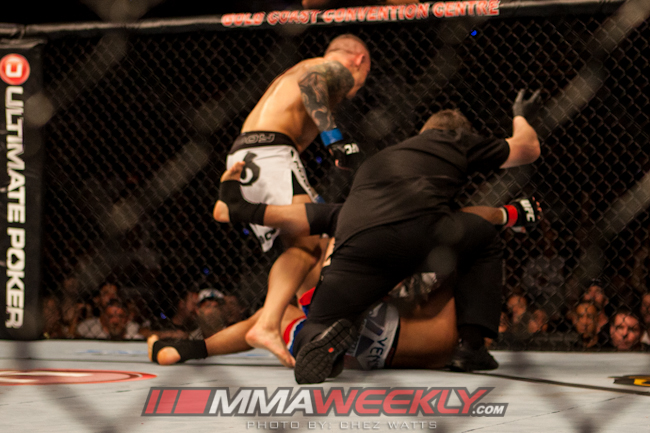 01-george-sotiropoulos-vs-ross-pearson-ufc-on-fx-6-261