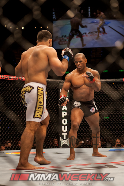 04-hector-lombard-vs-rousimar-palhares-ufc-on-fx-6-176