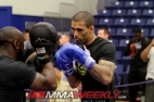 49-che-mills-ufc145-workout