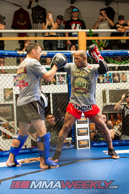 hector-lombard-ufc-on-fx-6_5257