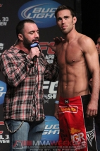 05-rogan-and-shields-ufc-129_8875