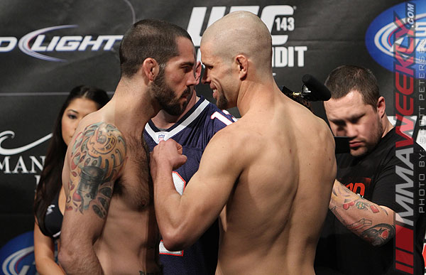 24-matt-brown-chris-cope-ufc-143