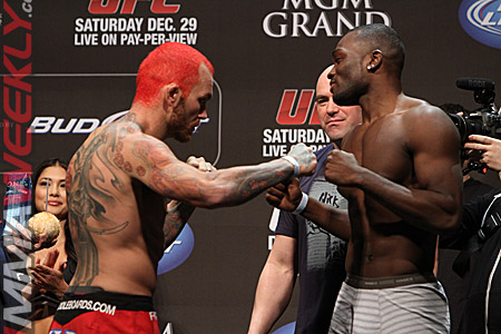 15-chris-leben-derek-brunson-ufc-155-weigh