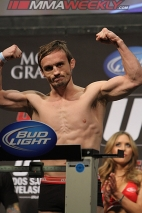 17-brad-pickett-ufc-155-weigh
