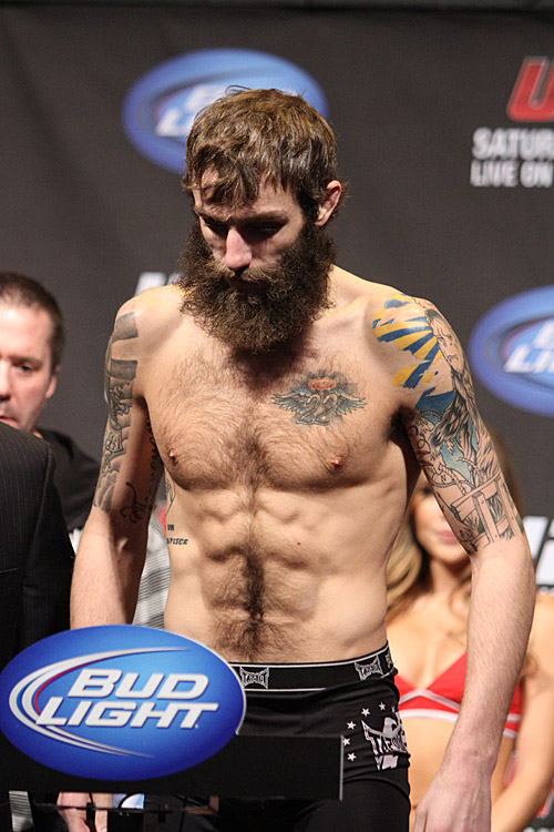 21-michael-chiesa-7299-ufc-157-weigh