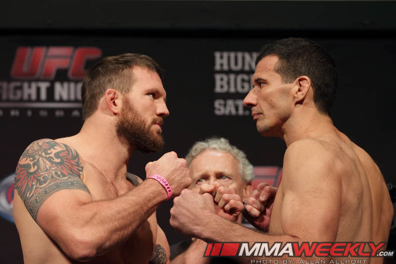 11-ryan-bader-vs-anthony-perosh-ufcfn33w
