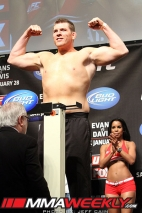14-mike-russow-ufc-on-fox-2-weigh