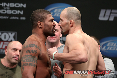 05-rampage-jackson-vs-glover-teixeira-ufc-on-fox-6-weigh-3297