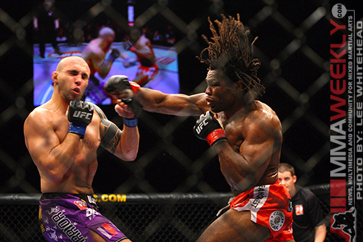Luiz Cane and Rameau Thierry Sokoudjou at UFC 89