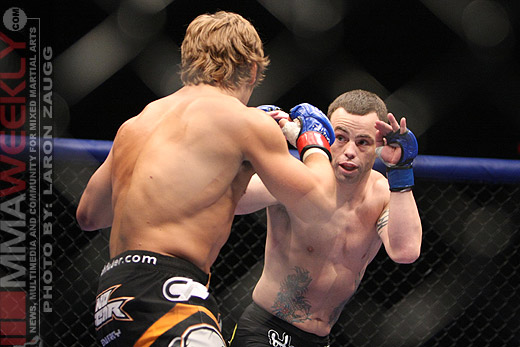 Urijah Faber and Jens Pulver at WEC 38