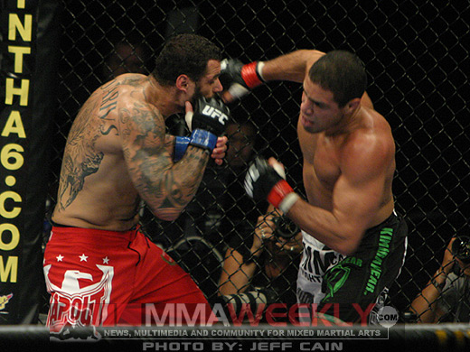 Sakara and Thales Leites at UFC 101