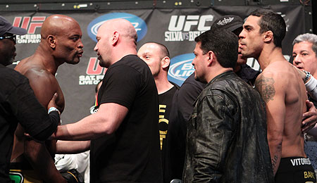 Anderson Silva and Vitor Belfort melee at UFC 126