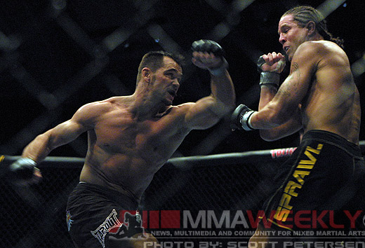 Rich Franklin and Evan Tanner at UFC 53