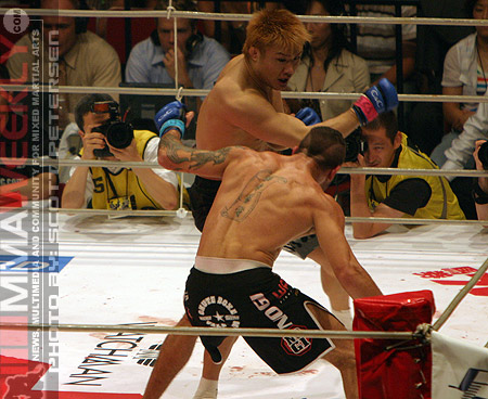 Takanori Gomi and Jean Silva at Pride Bushido 8