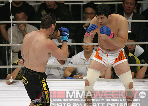 Sakuraba and Ken Shamrock at Pride 30