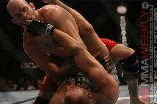 Matt Lindland and Joe Doerksen at UFC 54
