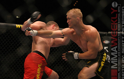 Trevor Prangley and Travis Lutter at UFC 54