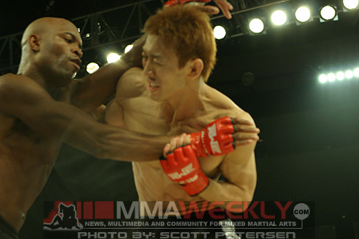 Anderson Silva and Yushin Okami at Rumble On The Rock 8