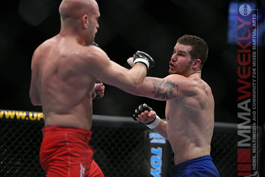 Nate Marquardt and Joe Doerksen at UFC 58