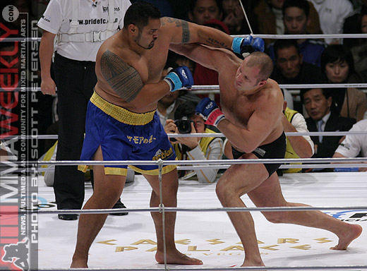 Fedor and Mark Hunt at Pride Shockwave 2006