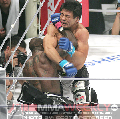 Melvin Manhoef and Dae Won Kim at Dream 3