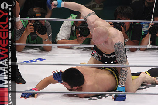 Joachim Hansen pounding Shinya Aoki at Dream 5