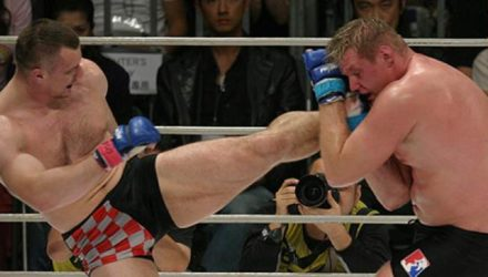Cro Cop kicks Josh Barnett at Pride 30