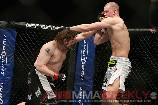 Roy Nelson and Stefan Struve at UFC Fight Night 21