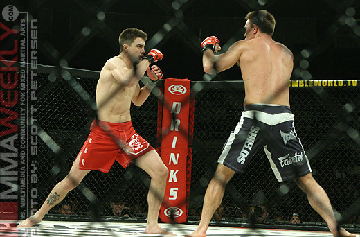 Carlos Condit Jake Shields Rumble on the Rock