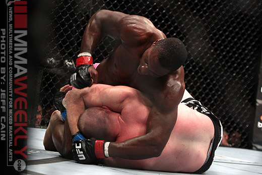 Phil Davis taking the fight from Tim Boetsch at UFC 123