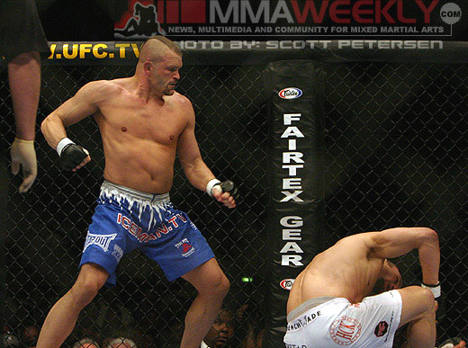 Chuck Liddell and Randy Couture at UFC 52