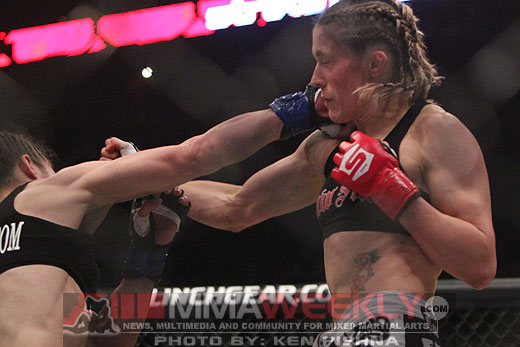 Marloes Coenen and Liz Carmouche at Strikeforce