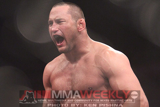 Dan Henderson victorious at Strikeforce