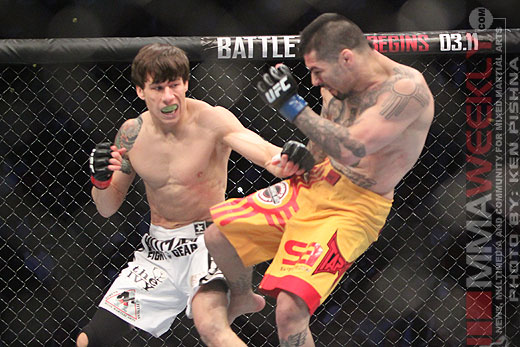 Brian Bowles and Damacio Page battle it out at UFC Versus 3