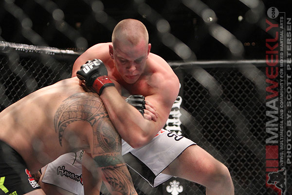 Struve going for the d'arce choke