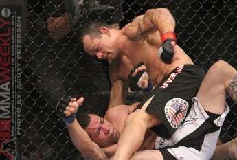 Gleison Tibau putting it to Rafaello Oliveira