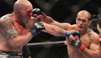 Shane Carwin and Junior dos Santos at UFC 131