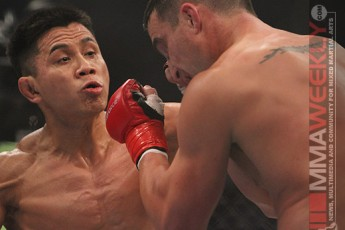Cung Le facing Scott Smith in Strikeforce