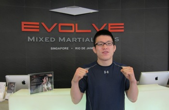 Shinya Aoki at Evolve
