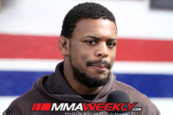 UFC-on-Fox-2-workouts-Michael-Johnson-185