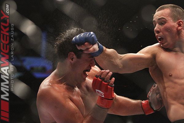 Carlos 'Guto Inocente' and Virgil Zwicker at Strikeforce