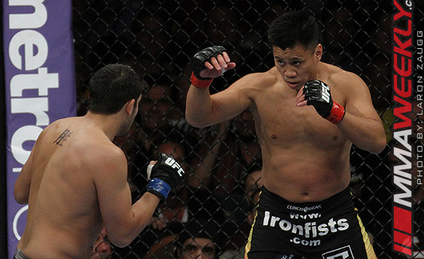 Cung Le and Patrick Cote at UFC 148