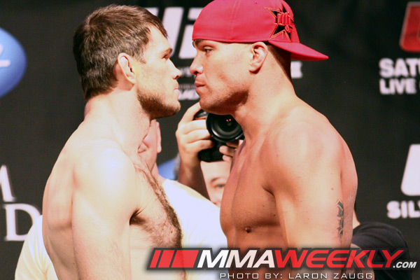 Forrest Griffin vs Tito Ortiz at the UFC 148 weigh-ins