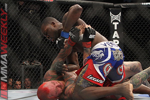 Derek brunson vs Chris Leben at UFC 155