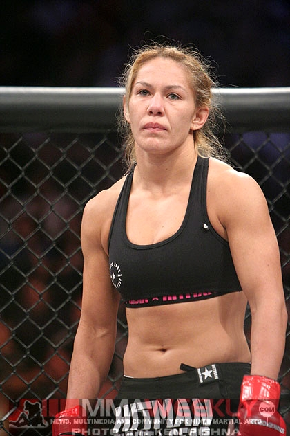 Cris Cyborg Strikeforce