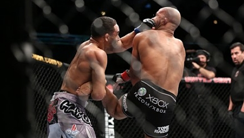 John Dodson and Demetrious Johnson UFC on Fox 6 punch-478x270