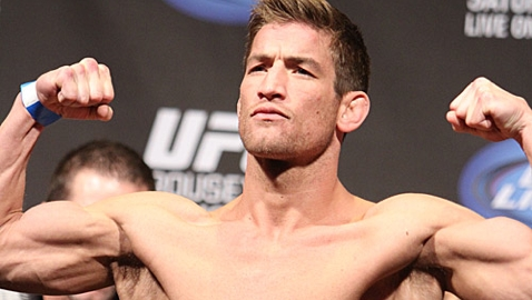 27-Sam-Stout-7251-UFC-157-weigh-478x270