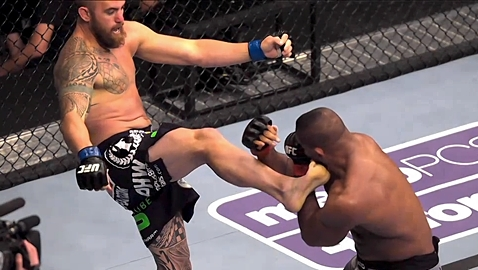 Travis Browne KOs Alistair Overeem - PhantomCam