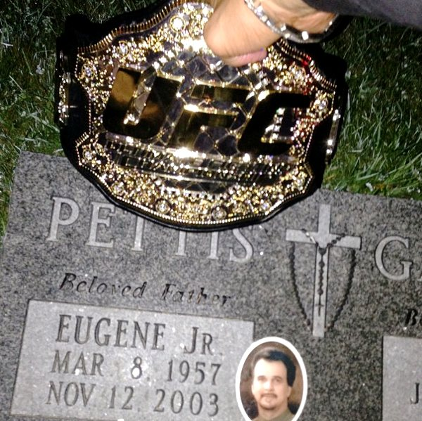 Anthony Pettis Father's Grave