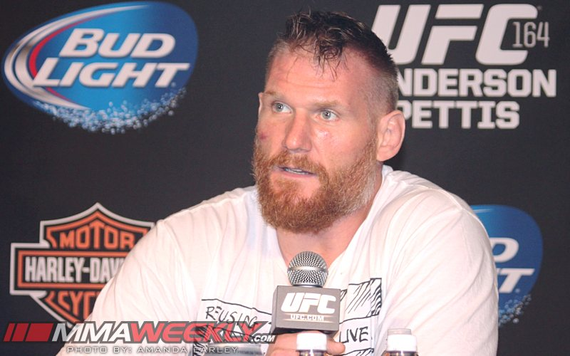 Josh Barnett UFC 164 Post_3068